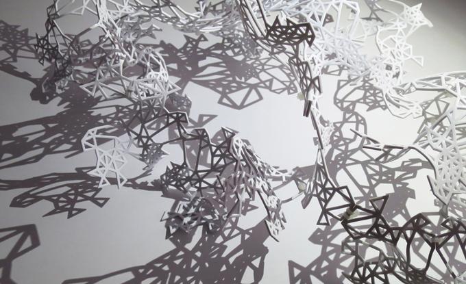 Solstice, 2018, PLA imprimé en 3D et DEL. Photo : Elisabeth Picard