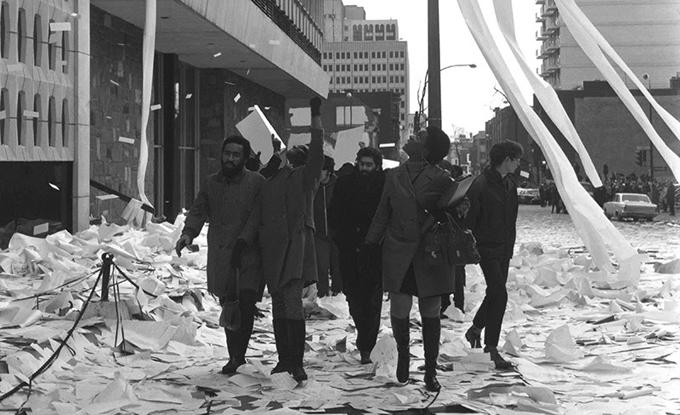 Anonyme, Sans titre [Émeute au centre informatique, Sir George Williams University, Montréal], 1969. Permission Montreal Gazette