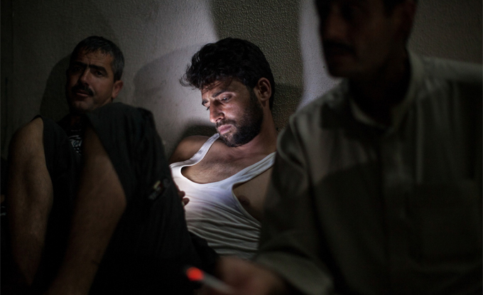 Liam Maloney, Texting Syria