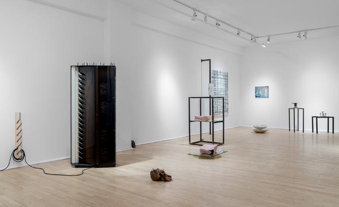 […] le voile de l'Illusion […], vue de l'exposition, 2019. Photo : Jean-Michael Seminaro